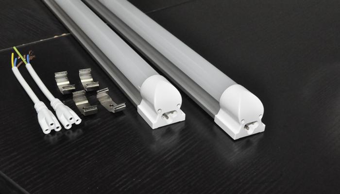 Đèn ống LED T8 Series tiết kiệm điện và sáng hơn