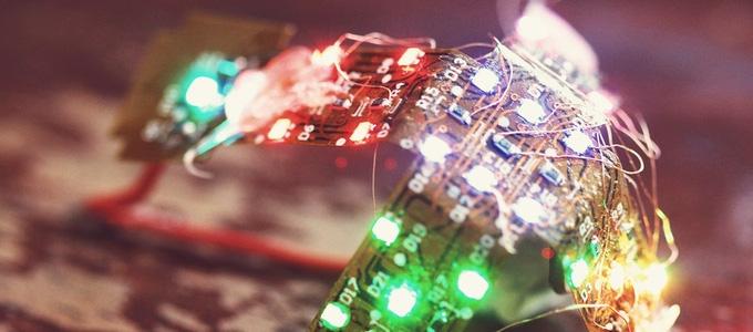 Nhìn là mê với bộ xúc xắc bằng đèn LED cực đỉnh