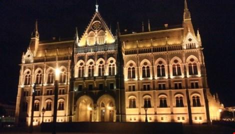 Đèn LED ở các công trình nghệ thuật nổi tiếng thế giới