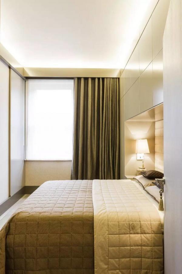 Dàn đèn LED trong căn hộ 39m2 của quý cô xinh đẹp
