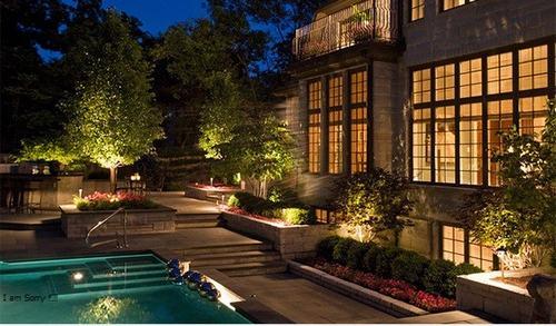 2 loại đèn LED được dùng cho sân vườn nhiều nhất thế giới