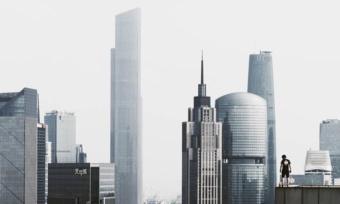 Những tòa nhà chọc trời dùng triệu bóng đèn LED