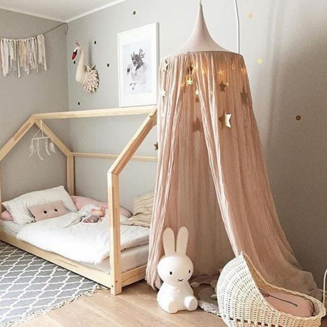 Đèn LED nhẹ nhàng cho phòng ngủ bé gái